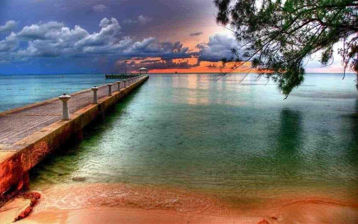 Travel The Cayman Islands at FlightGurus