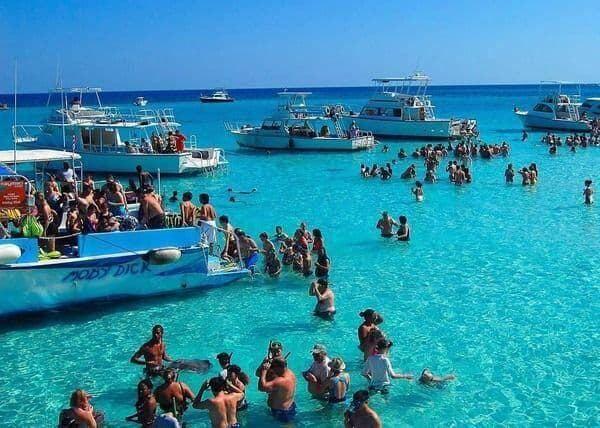 cayman islands at flightgurus1
