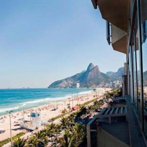 A Travelers Guide To Rio de Janeiro
