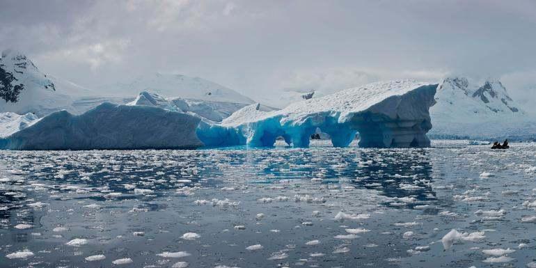 Discover Antarctica at FlightGurus.com