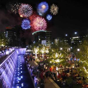 Fireworks-over-The-Woodlands-